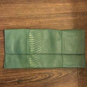 Jessica McClintock envelop clutch green snakeskin